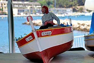 Bateau-de-pêche-télécommand