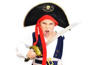 Déguisdement-Pirate-Fotolia