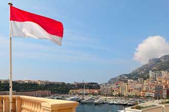 Monaco-Drapeau-Fotolia_5816