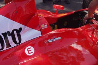 Cockpit-Ferrari-Verlinden