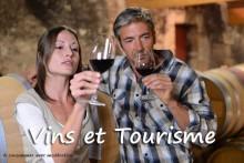 Vins-et-tourisme-Visite_Cav