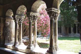 Arles-Cloitre