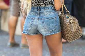 Blue-Jeans-Fotolia_90051833