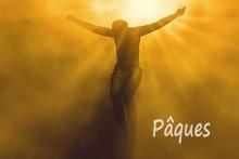 Pâques-Christ-Crucifié-Foto