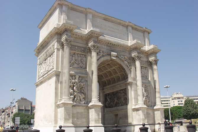 Porte D Aix Et Arc De Triomphe De Marseille Provence 7