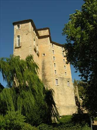 Chateau-Entrecasteaux-2-Ver