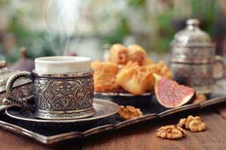 Cafe-orient-Fotolia_6952155
