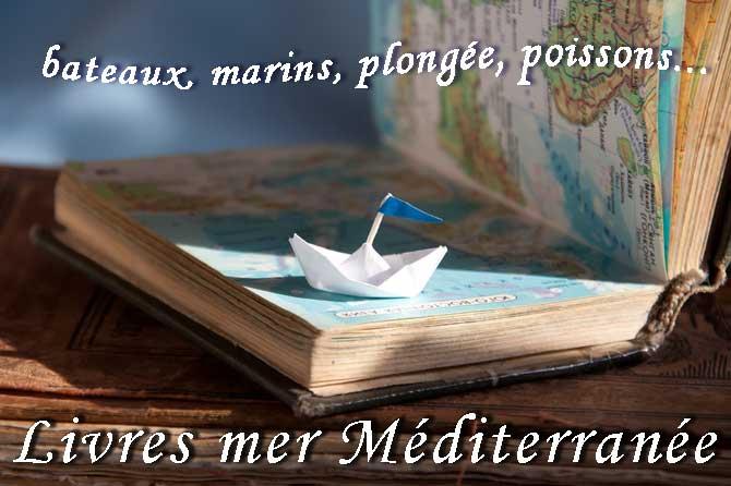 Livres-mer-Fotolia_49440577