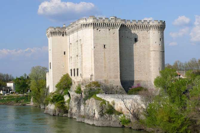 Tarascon-Chateau-1-P.-Verli