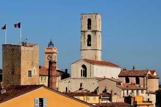 Grasse.Cathedrale-Fotolia_4