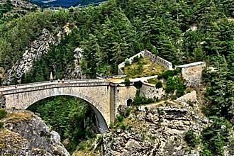 Pont-d'Asfeld.-Fotolia_2501