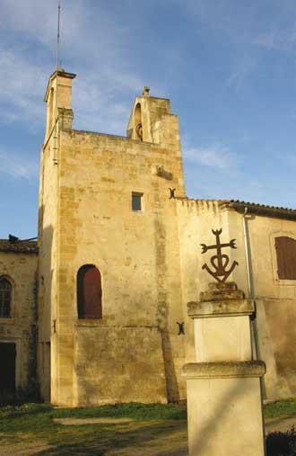 Saint martin de crau visiter 13 provence 7 for Piscine saint martin de crau