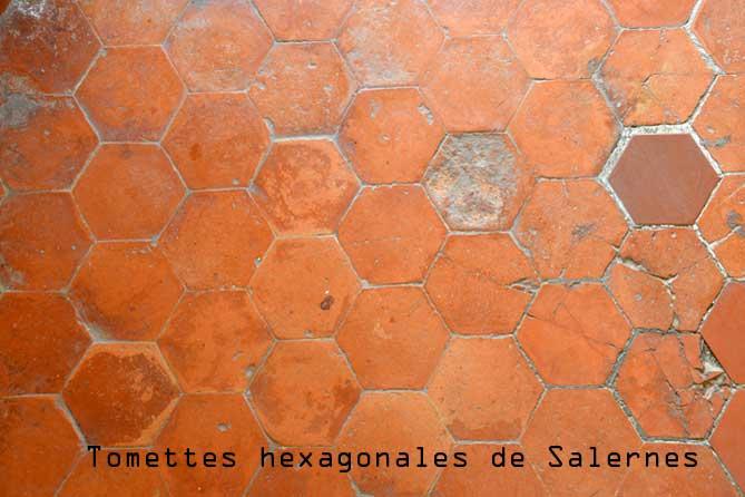Salernes.-Tomettes-Fotolia_