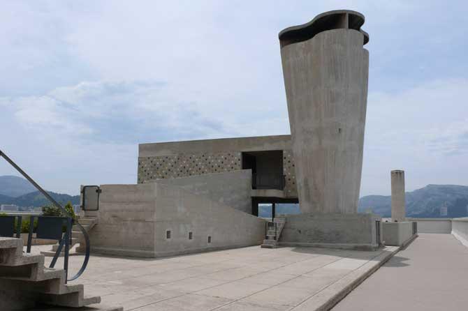 Cité-Radieuse-Corbusier-2