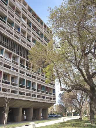 Cité-Radieuse-Marseille-11