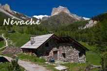 Névache-2-Fotolia_27215709