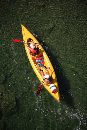 Canoe-Fotolia_4845349