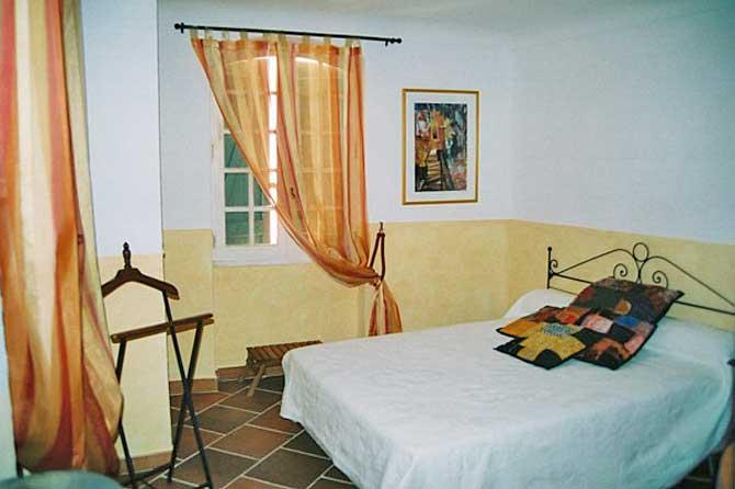 chambres d 39 h tes la licorne cotignac provence 7. Black Bedroom Furniture Sets. Home Design Ideas