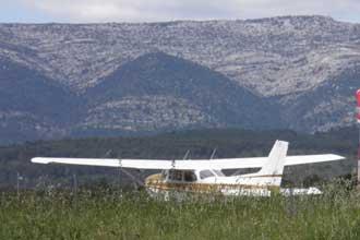 Aeroport-Le-Castellet-Avion