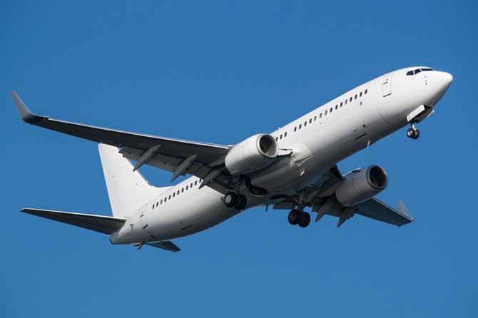 Boeing-737-Fotolia_98660045