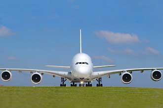 Airbus-A-380-Fotolia_790947