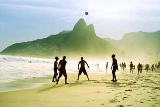 Beach-Soccer-Fotolia_602201