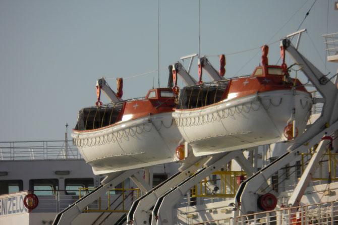 Navires modernes en provence 20e s et 21 e s provence 7 for Garage costa marseille