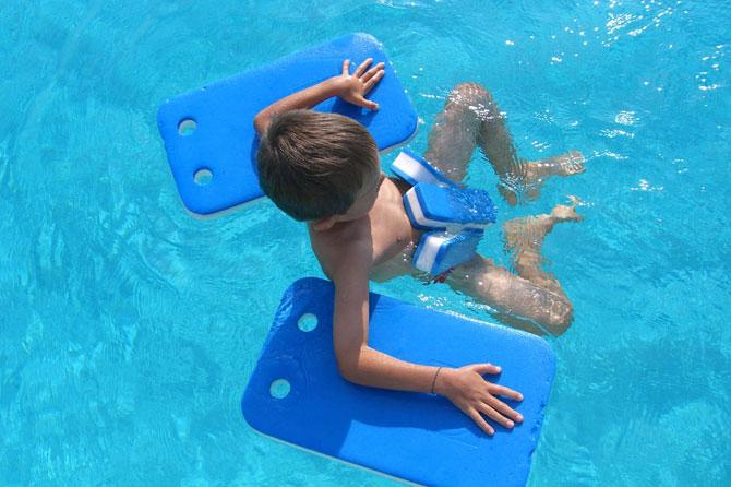 Natation enfants en provence provence 7 for Apprendre a plonger dans la piscine