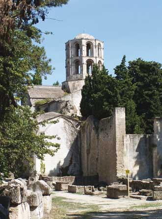 Les-Alyscampas-d'Arles