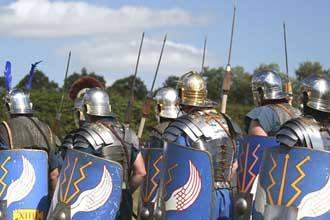 Soldats-Romains-en-marche.-