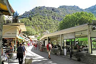 Fontaine-de-Vaucluse-7.-Ver