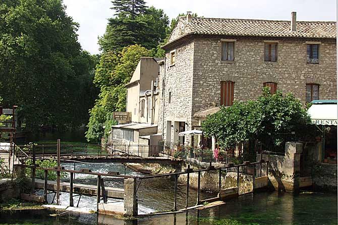Fontaine-de-Vaucluse-8.-Ver