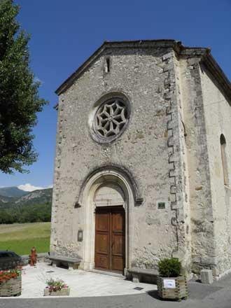 Savoillan-Eglise-facade-Ver