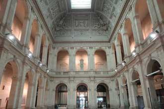 Marseille-Palais-Bourse-Int