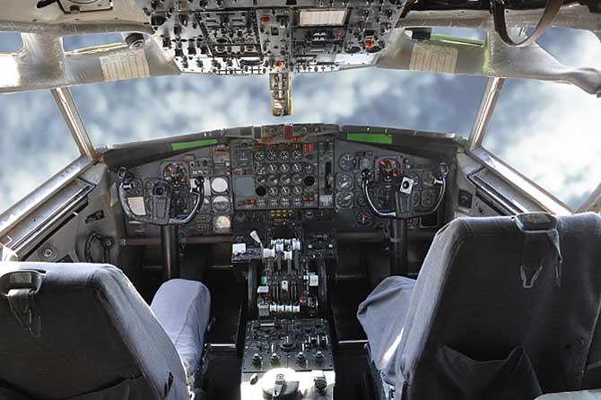 Boeing-707-Fotolia_90733374
