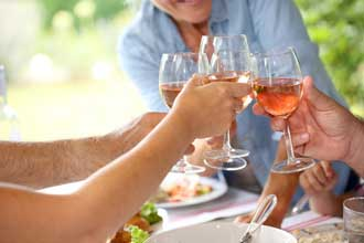 Vin-rosé-Fotolia_70568851_X