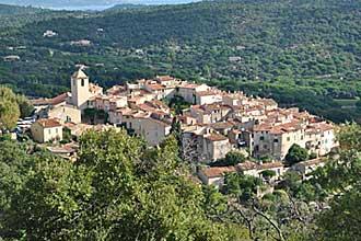 Ramatuelle-village-Fotolia_