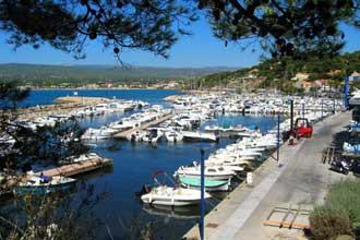 St-Cyr-sur-Mer.-Port-Fotoli