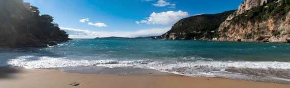 Cap-d'Ail-plage-Fotolia_582