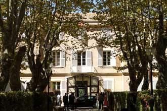 Le-Pradet-Mairie.-PV