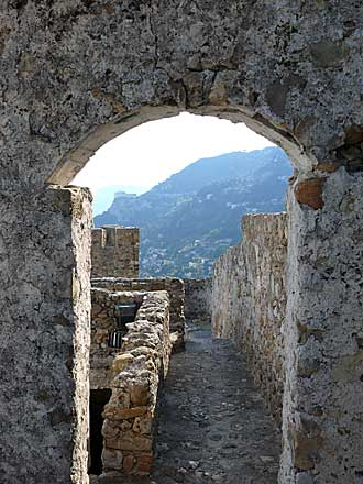 Roquebrune-Chateau-3.-Patri