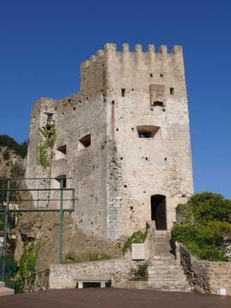 Roquebrune chateau-2.-Patri