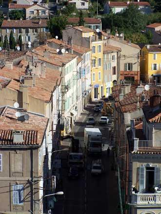 Roquevaure-rue.-patrick-Ver