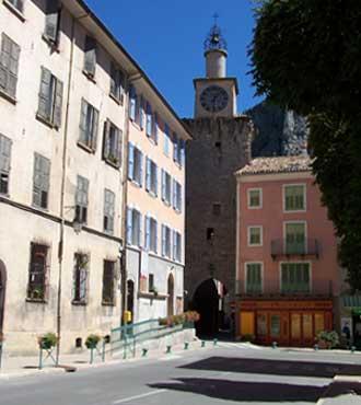 Castellane-Beffroi.-P.-Verl