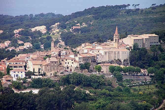 La-Cadière-d'Azur.-Village.
