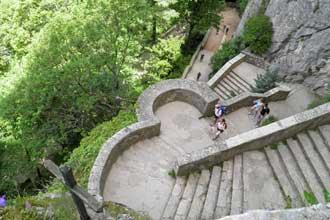 Pla-d'Aups.-Escalier.-P.-Ve