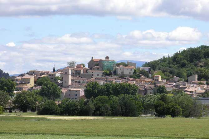 Vinon-sur-Verdon.-Village.-