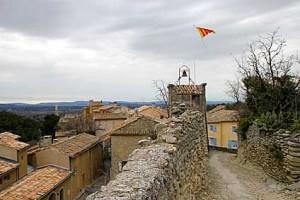 Saumane-de-Vaucluse-Fotolia