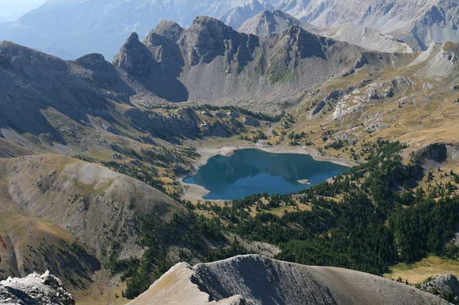 Allos.-Lac.-Fotolia_4503416