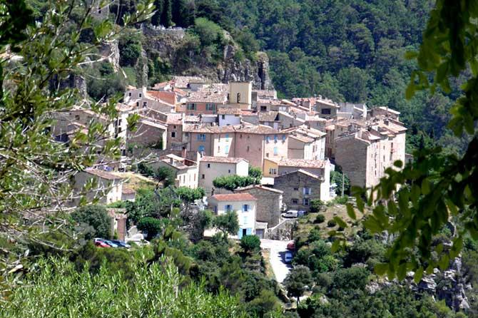 Châteaudouble-Village